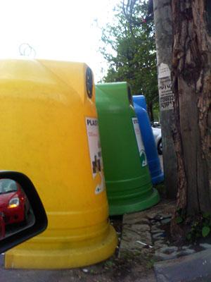 container reciclare pozitionat aiurea