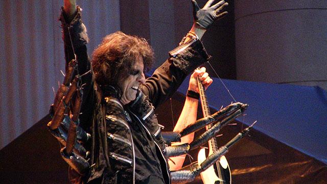 Alice Cooper - fotografii din concertul de la Arenele Romane