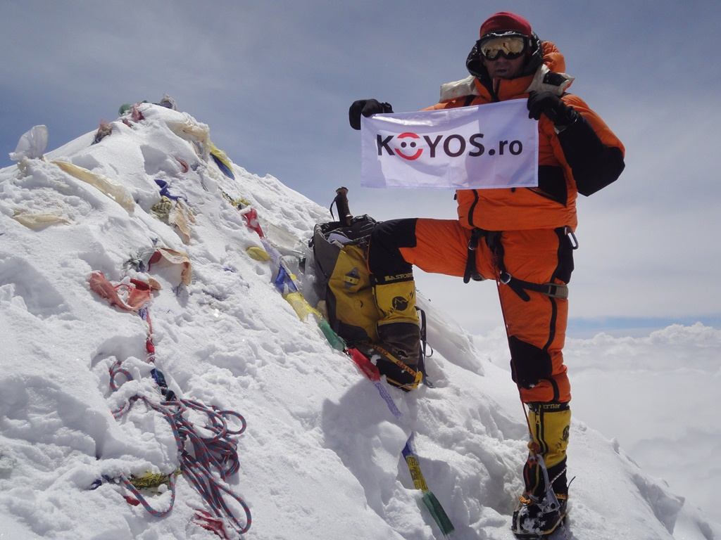Alpinistul Horia Colibasanu a atins vârful Makalu, Himalaya, pe 21 mai 2011