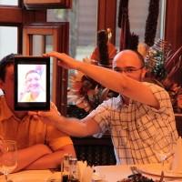 Octavian Dunare ii ia fata lui Francisc Kurko pe un Transformer la ASUS Social Media Meet