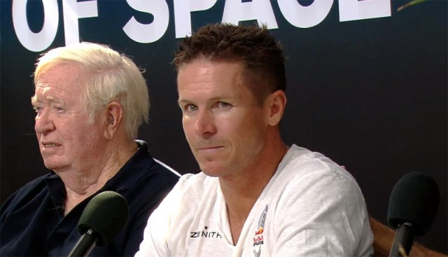 felix baumgartner si joe kittinger in timpul conferintei de presa